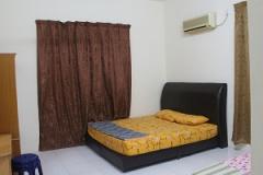 khv-1-master-bedroom